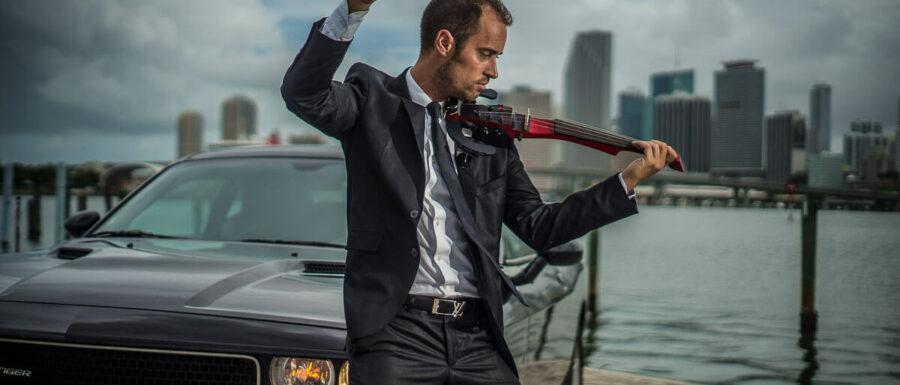 electric violinist - Manhattan Event musicians