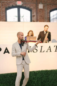 New York Virtuosi Electric Violinist